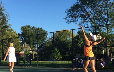 Tennis team loses to Southwest in decisive match