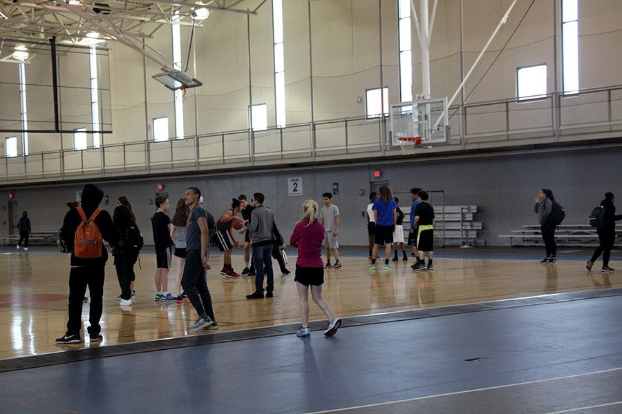Crowded YWCA makes practice hard and coaches nervous