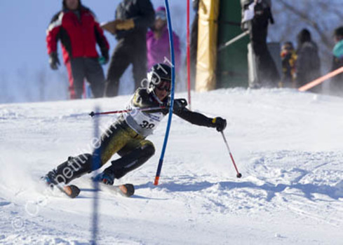 Freshman Alex Turner excels on the alpine ski team
