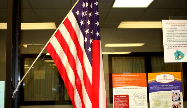 Pledge of Allegiance dispute prompts student resignations