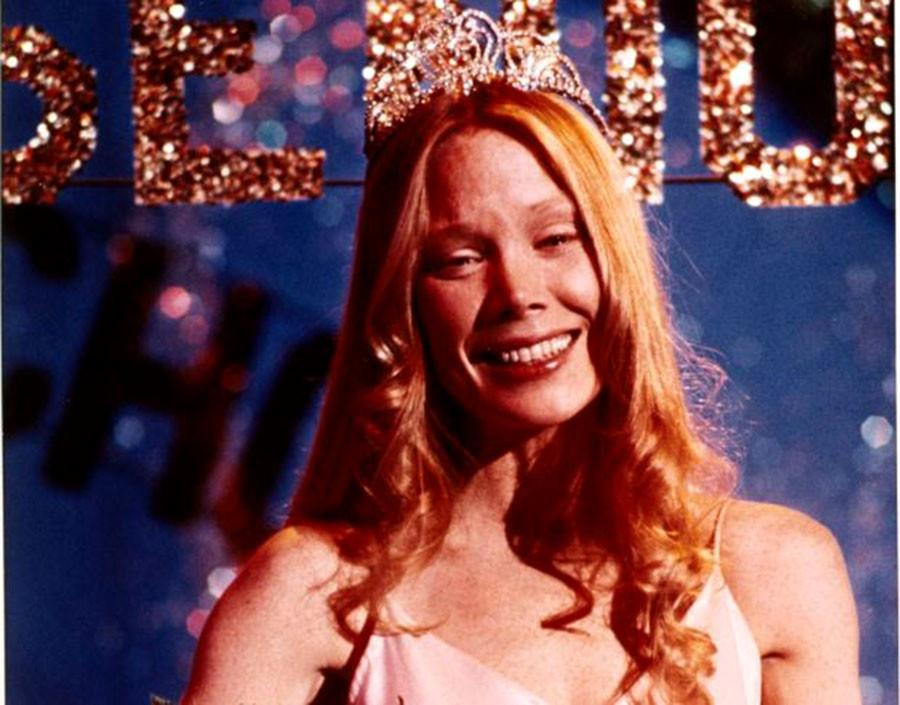 Four Movie Scenes to Emulate on Prom Night