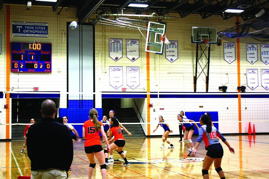 Tiger volleyball loses in fast paced battle