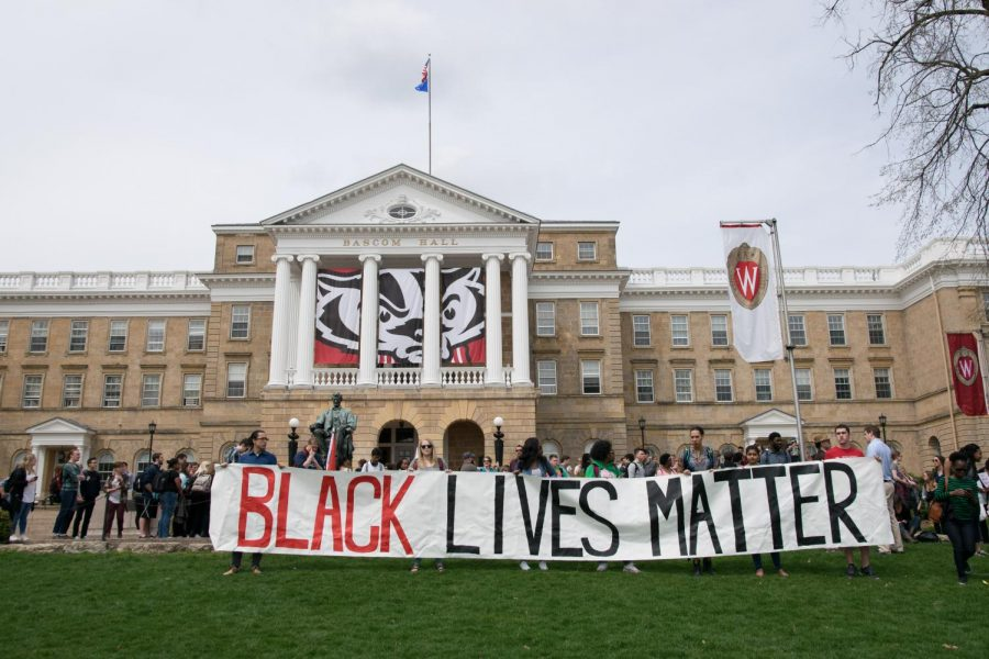 Pictured+above+are+University+of+Wisconsin+Madison+students+on+April+21st%2C+2016+protesting+the+arrest+of+fellow+student+Denzel+McDonald.+With+the+passing+of+the+Wisconsin+Senate%E2%80%99s+229+Bill+student+protest+rights+have+been+under+question.