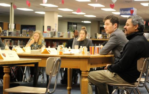 Minneapolis Mayor Jacob Frey sits down with students at breakfast meet and greet