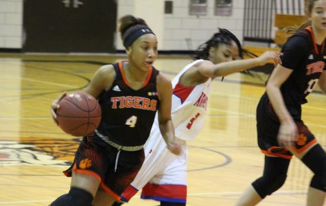 Girls varsity basketball bring home a big win against Armstrong – Podcast