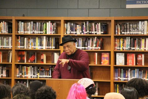 Last Friday, the Student Marxist Association of South High (SMASH) and the Black Student Union (BSU) hosted Frank Chapman, a black communist activist and former political prisoner who has worked with both the Black Panthers and the Communist Party USA.